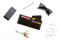 XS powercard: 2200mAh Charger. Data Storage. USB Cable. In Your Wallet | Indiegogo
