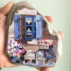 #stonepainting #bisiklet #bcycle #taş #taşboyama #stone #yağlıboya #flowers #windows #art #çiçekler #handmade #elyapımı