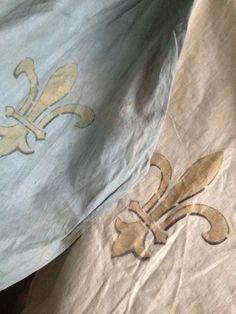 antiqu french, arc banner