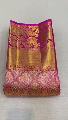 South Indian Wedding Saree, Indian Bridal Sarees, Wedding Silk Saree, Indian Bridal Outfits, Pattu Sarees Wedding, Wedding Saree Blouse Designs, Kanjivaram Sarees Silk, Pure Silk Sarees, Saree Tassels Designs