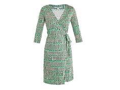 The Vivienne Files: One dress, six ways: A Diane von Furstenberg wrap dress