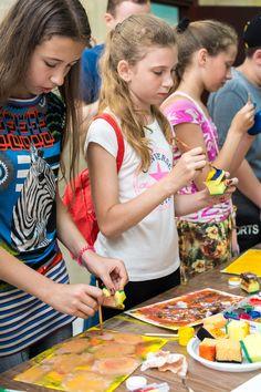 Художній майстер-клас для дітей в техніці живопису монотипія