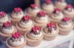 initial cupcakes = love