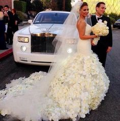 Amazing Wedding Dress  #weddbook #wedding #bride