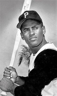 ROBERTO CLEMENTE - my all time favorite baseball player for life Baseball  Games 00da0cf2604d