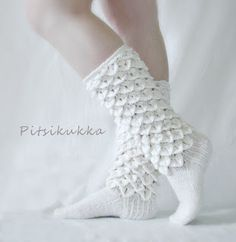 "stitch-please: "" What's in Erika's sock queue? Eveliina Socks by Ida Sulkuvesi-Rantanen No pattern on this one, but it's part crocheted and part knitted and I could *probably* figure it out. Diy Crochet And Knitting, Knitting Wool, Crochet Slippers, Knitting Socks, Knitting Patterns, Crochet Patterns, Woolen Socks, Crochet Carpet, Do It Yourself Fashion"