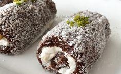 Kakaolu saray sarması, kakaolu sultan sarması...  Tavsiye edebileceğim nefis bir lezzet..  Daha önce sade muhallebiyle  yap...