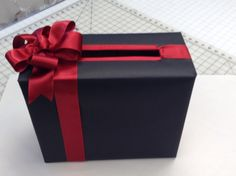 Greeting card box for graduation