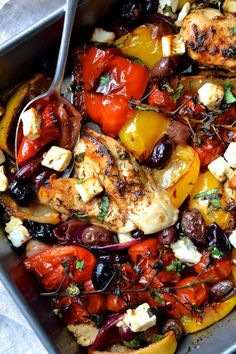 A super easy traybake packed with roasted peppers tomatoes olives red onion and chicken. It takes just 30 minutes to make! Mediterranean Diet Recipes, Mediterranean Dishes, Mediterranean Chicken Bake, Cooking Recipes, Healthy Recipes, Healthy Greek Recipes, Free Recipes, Keto Recipes, Cooking Cake