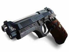 yuri custom guns