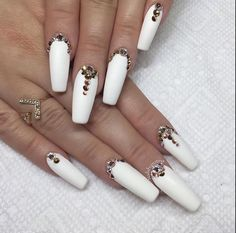Don't like how they're shaped or lengthed, but I like the style!