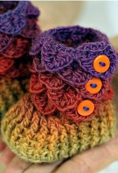 Baby Booties – I love these, they are so cute! I WILL learn how to make them. I don't even hate the orange here.