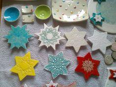 Weihnachtssterne Sugar, Ceramics, Cookies, Desserts, Food, Christmas Stars, Christmas, Ceramica, Crack Crackers