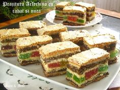 prajitura-arlechino-cu-rahat-si-nuca-3-1 Romanian Desserts, Biscuits, Sandwiches, Sweet Treats, Deserts, Food And Drink, Dessert Recipes, Cooking Recipes, Yummy Food