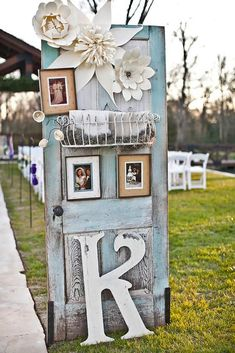 30 Rustic Old Door Wedding Decoration Ideas ❤ Fresh air, smell of wood, hay, a lot of string lights around, beautiful decor... See our gallery of old door wedding decoration ideas for more inspiration! #wedding #decor #bridaldecorations #weddingdecorations #olddoorweddingdecorationideas