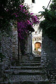 Sermoneta, Latina, Italy