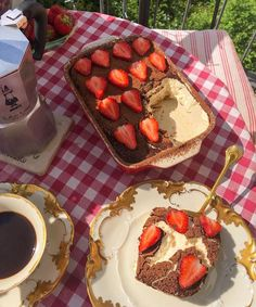 Think Food, I Love Food, Good Food, Yummy Food, Comida Picnic, Cute Desserts, Cafe Food, Aesthetic Food, Food Cravings