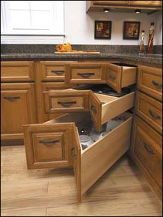 Corner drawers instead of having a Lazy Susan. This is awesome!