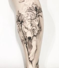 23 Wolf Tattoos To Fall In Love - Animals / Animais - . - 23 Wolf Tattoos To Fall In Love – Animals / Animais – - Wolf Tattoos For Women, Sleeve Tattoos For Women, Wolf Tattoo Design, Forearm Sleeve Tattoos, Body Art Tattoos, Husky Tattoo, Fuchs Tattoo, Music Tattoos, Animal Tattoos