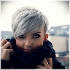 Today we have the most stylish 86 Cute Short Pixie Haircuts. We claim that you have never seen such elegant and eye-catching short hairstyles before. Pixie haircut, of course, offers a lot of options for the hair of the ladies'… Continue Reading → Short Pixie Haircuts, Pixie Hairstyles, Short Hairstyles For Women, Short Hair Cuts, Cool Hairstyles, Hairstyle Ideas, Hair Ideas, 2017 Hairstyle, Long Haircuts
