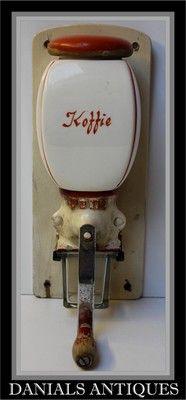 Antique Art Deco coffee grinder. 1920s/1930s