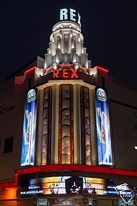 From Wikiwand: Grand Rex movie theater in Paris Art deco jewelry Arte Art Deco, Estilo Art Deco, Art Deco Era, Art Nouveau, Vintage Neon Signs, Art Deco Stil, Art Deco Movement, Art Deco Buildings, Design Movements