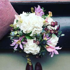 Blömschen 🌼#cosy #sunday #flowers #tollwasblumenmachen