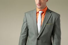 This linen suit for men is breathable and environment-friendly.