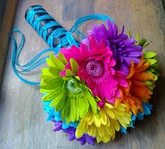 Daisy Wedding Bouquet, Yellow Daisy Bouquet Purple Daisy Bouquet Orange Daisy Bridal Hot Pink Daisy Green Daisy Malibu Blue Daisy Turquoise by silkflowersbyjean. Explore more products on http://silkflowersbyjean.etsy.com