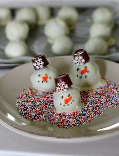 Oreo Snowman Cookie Balls Recipe This could be so exciting, get ready to get pleasure from it as well. See a lot more at http://www.thrivingparenthood.com/addictive-butternut-squash-pasta-for-kids-and-family