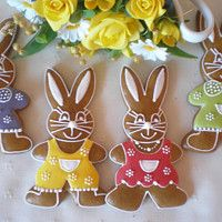 Hledání zboží: perníky / Velikonoce / Svátky | Fler.cz Spring Desserts, Easter Cookies, Diy Gifts, Gingerbread, Biscuits, Rabbit, Food And Drink, Clay, Christmas Ornaments
