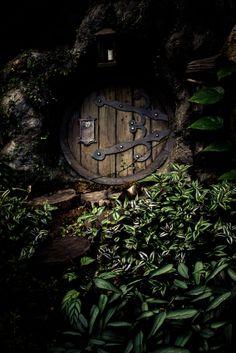 Hobbit House....door is SO cute!
