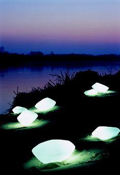 COLLECTANIA-OLUCE-stones_207_208_215_01-STONES_Laudani-Romanelli-2002