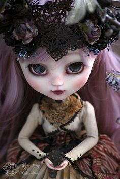 Edmée ~ Hierophany of the killer of bees ~  Art piece unique - Pullip doll  Rebeca Cano - Cookie dolls  https://www.facebook.com/CookieDolls