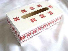 #Motiv #floral #stilizat, #cutie #şervetele cu motiv #tradiţional / #Stylish floral #motif, #box with traditional #motifs / #세련된 꽃 #모티브, #전통적인 #주제가있는 #상자 http://handmade.luxdesign28.ro/produs/motiv-floral-stilizat-cutie-servetele-cu-motiv-traditional-29172/