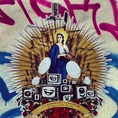#stancil #wall #madonna #tv #telecomando #testaccio #rome #igersitaly #italy - @signorabovary- #webstagram