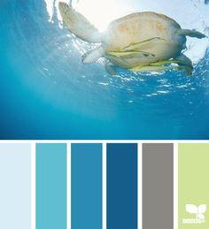 Paint colors for a beach bathroom theme