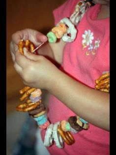 keeping kids busy, snack time craft