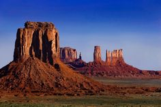 ~ East Mitten - Brigham's Tomb - The King on His Throne, Castle Butte, Bear & Rabbit - Stagecoach ~ Utah....Steve Shinn....