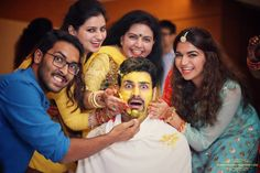 Rituals - The Groom Vivek! Photos, Hindu Culture, Beige Color, Mangtika, Group Photography, Bangles pictures, images, WeddingPlz