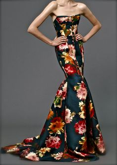 J Mendel resort 2013. It's rare to see an evening gown in a print, and even rarer to see the print done so gorgeously. Love it! || Reception Dress Glam - Aisle Perfect