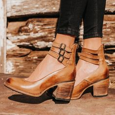 Bootie Boots, Shoe Boots, Women's Booties, Women's Shoes, Cute Shoes, Me Too Shoes, Into The Fire, Crazy Shoes, Funky Shoes