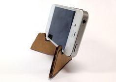 cardboard tripod