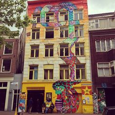 If you're in town and looking for the gallery space from the video it's an easy one to spot #streetartamsterdam #amsterdam
