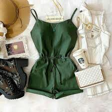 Read 3 from the story Looks para sua História! Cute Girl Outfits, New Outfits, Cool Outfits, Casual Outfits, Girls Fashion Clothes, Teen Fashion, Fashion Outfits, Womens Fashion, Mode Rock