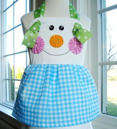 snowman apron we could turn this into matching tops for the girls