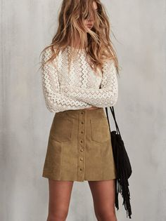 I like the whole outfit. ---------- The Tucson Skirt is a suede mini skirt with contrasting front pockets and snap button up front. Fall Outfits, Casual Outfits, Cute Outfits, Tan Skirt Outfits, Button Up Skirt Outfit, Look Fashion, Fashion Outfits, Womens Fashion, Mode Pin Up