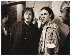 Paul McCartney & Jeff Buckley - it all begins with The Beatles. Jeff Buckley Grace, Tim Buckley, Paul Mccartney, Memphis Tennessee, Beyonce, Photo Humour, Sir Paul, Music Icon, Music Songs