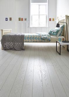 New Geneva Linen Carpet - Floorgrip Lolita Vinyl - Rhino Step Artwood Bleach White Vinyl