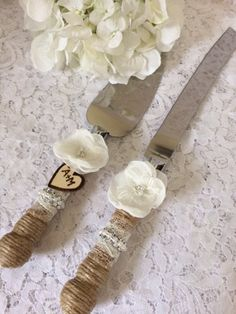 Wedding cake knife set, Rustic cake knife set, Burlap cake knife & server set, light ivory knife set,Wedding Accessory,YOUR CHOICE COLOR by TheTreasuredBoutique on Etsy